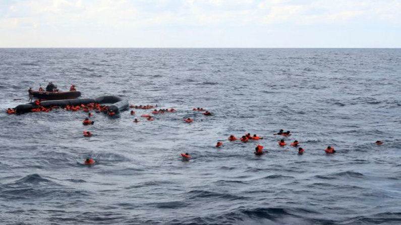 About 40 migrants feared dead after boat capsizes off Western Sahara